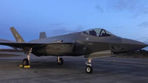 Gli F-35 italiani decollano in Islanda 7