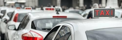 Non vogliono pagare la corsa: tassista pestato da tre nordafricani