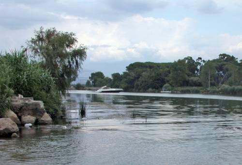 Il fiume Garigliano, dove è stato trovato il cadavere della donna