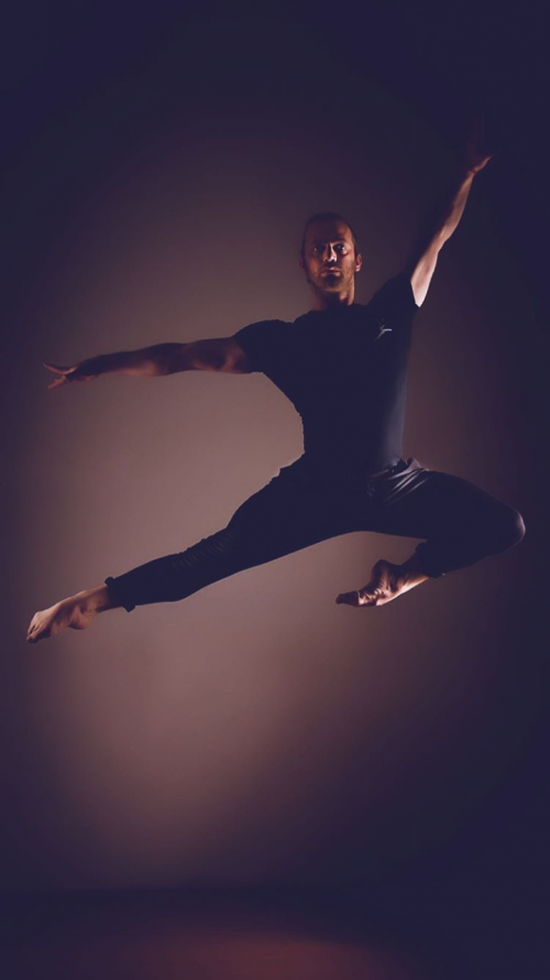 Leon Cino, il primo ballerino a vincere Amici  4