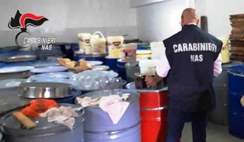 Catania, i Nas sequestrano tonnellate di miele di dubbia provenienza