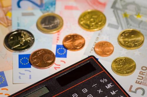 Flat tax abolita per i redditi da 65 a 100 mila euro annui