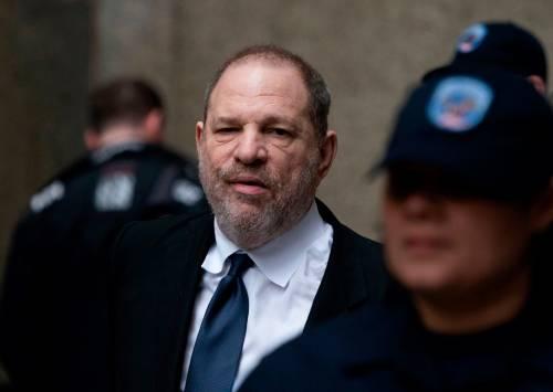 """Parla una delle donne molestata da Weinstein: """"Sembrava ermafrodito"""""""