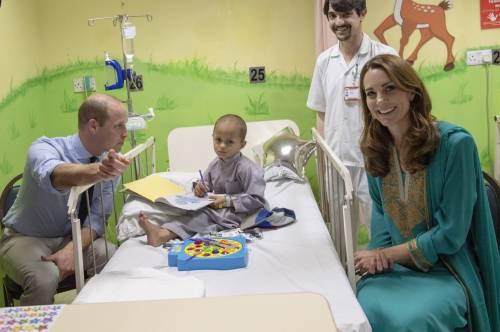 Principe William e Kate in visita a Lahore 8