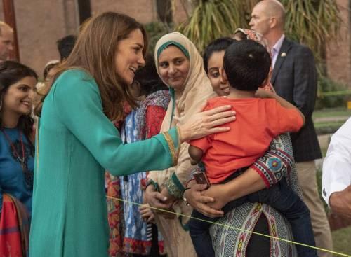 Principe William e Kate in visita a Lahore 9