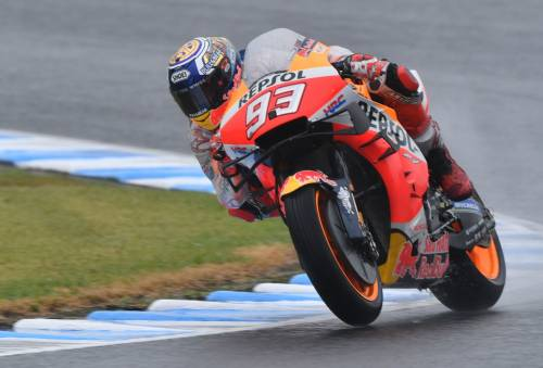 Motogp, vince sempre Marquez. Dovizioso terzo, Valentino Rossi fuori
