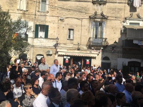 Bari, Emiliano presenta la sua candidatura alle prossime regionali 4