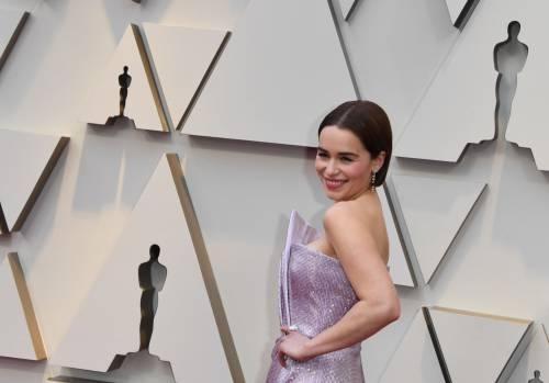 """Emilia Clarke difende il finale di """"Game of Thrones"""""""