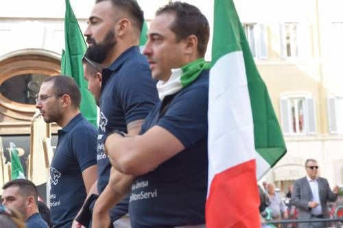 La manifestazione delle forze dell'ordine 5