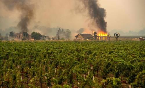 Inferno di fuoco in California 3