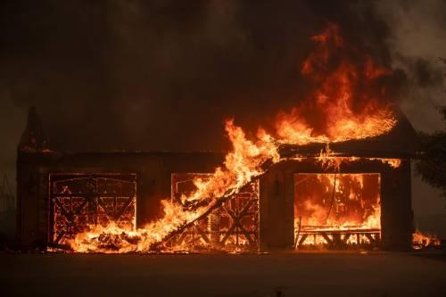 Inferno di fuoco in California 8