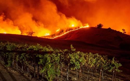 Inferno di fuoco in California 7