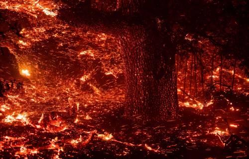 Inferno di fuoco in California 2