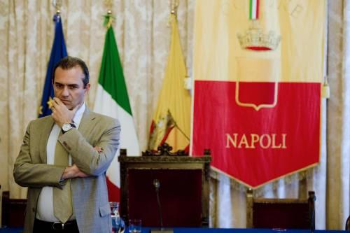 Napoli, il Pd salva De Magistris e incassa l'appoggio alle suppletive