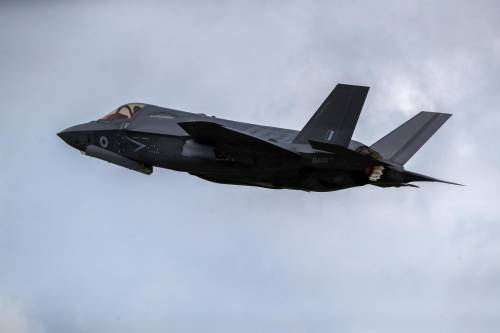 """Gli F-35 in modalità """"Bestia"""": ecco la prova di forza di Londra"""