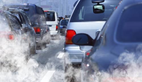 Blocco auto a Roma, diesel vietati: mezzi pubblici in difficoltà