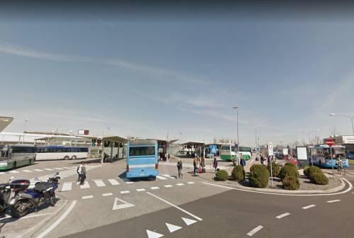 Padova, pugni all'autista e vetro rotto del bus: fermato senegalese