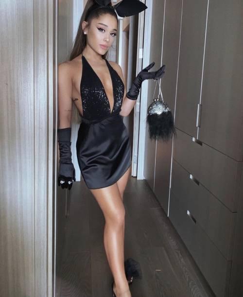 Ariana Grande, le foto su Instagram