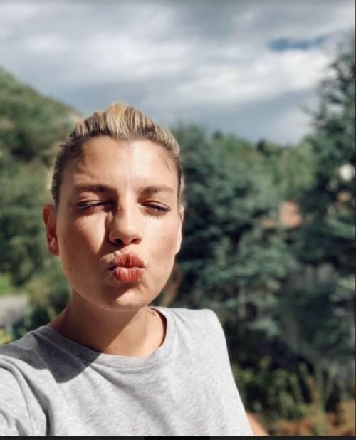 """Emma Marrone: """"Porto sempre con me lo spray al peperoncino"""""""