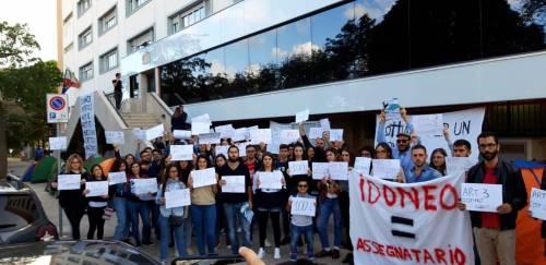 Idonei, ma senza un posto-letto: gli studenti montano le tende all'università 3