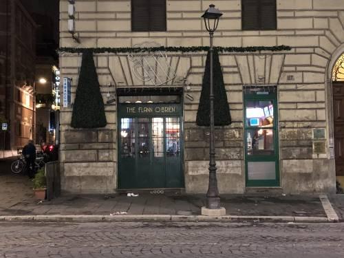 Roma, tifosi del Celtic accoltellati fuori da un pub della Capitale
