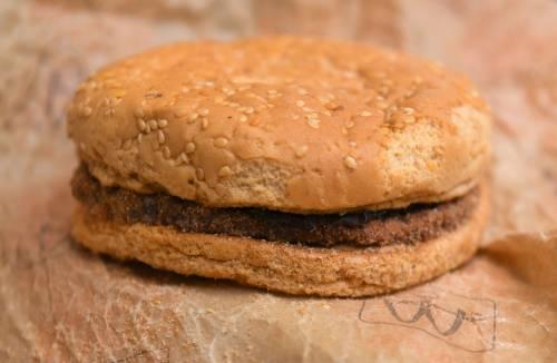 È rimasto intatto un panino del McDonald's acquistato nel 1995