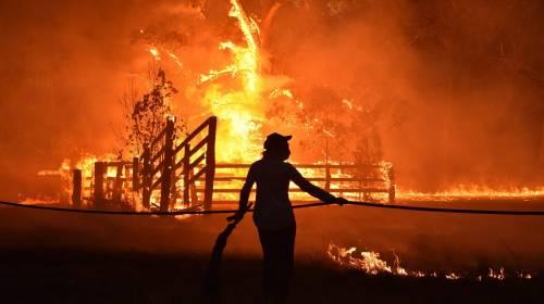 L'Australia minacciata dagli incendi: è emergenza 9