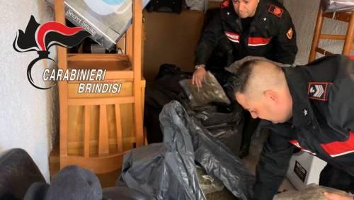 Brindisi, i carabinieri scovano il nascondiglio della droga 2