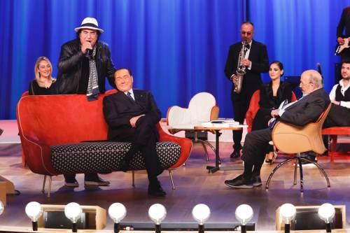 Silvio Berlusconi al Maurizio Costanzo Show 6