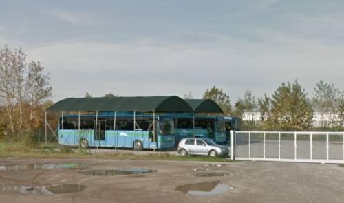 Brescia, devasta bus, poi attacca autista e militare: maliano libero