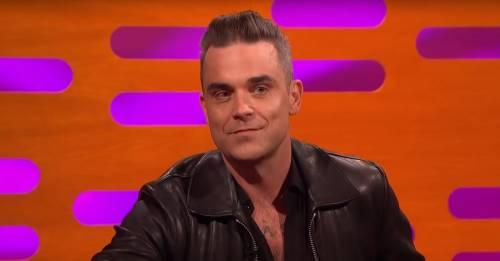 """Robbie Williams: """"Da solo in un Airbnb per paura di contagia"""