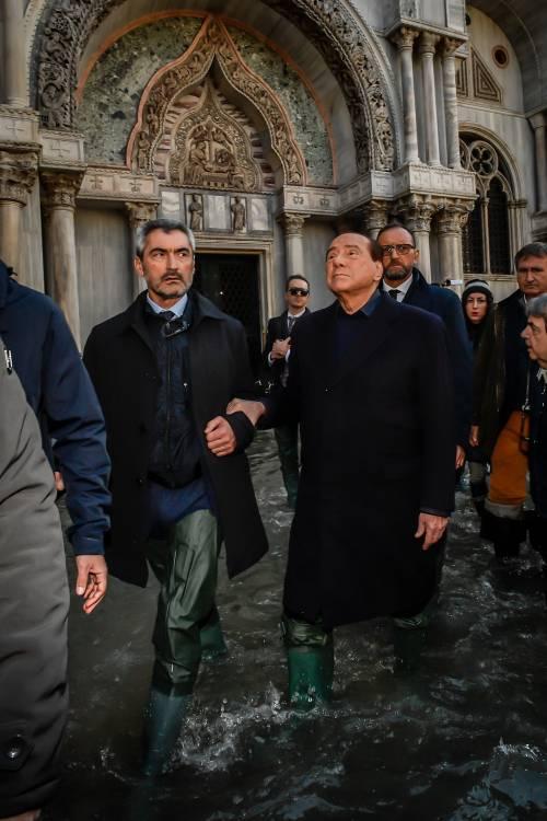 Acqua alta a Venezia, arriva Berlusconi 3
