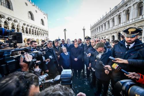 Acqua alta a Venezia, arriva Berlusconi 4