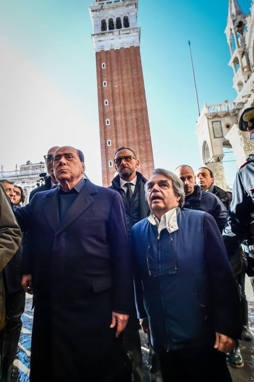 Acqua alta a Venezia, arriva Berlusconi 5