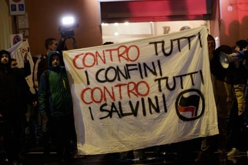 A Bologna sfilano gli antagonisti di Salvini 14