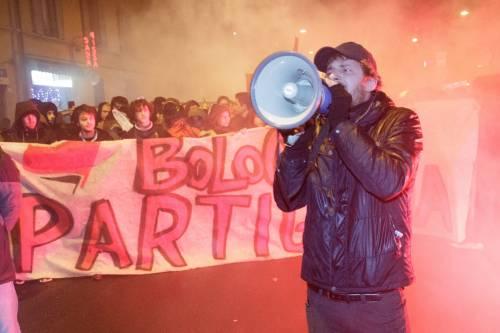 A Bologna sfilano gli antagonisti di Salvini 15