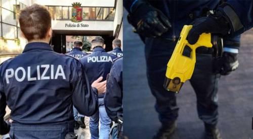 Poliziotti aggrediti, a Firenze scoppia la polemica sui taser (che la sinistra non vuole)