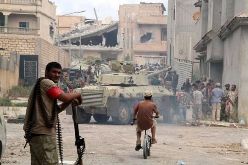 """Così Erdogan arma la Libia: """"Duemila miliziani con Serraj"""""""