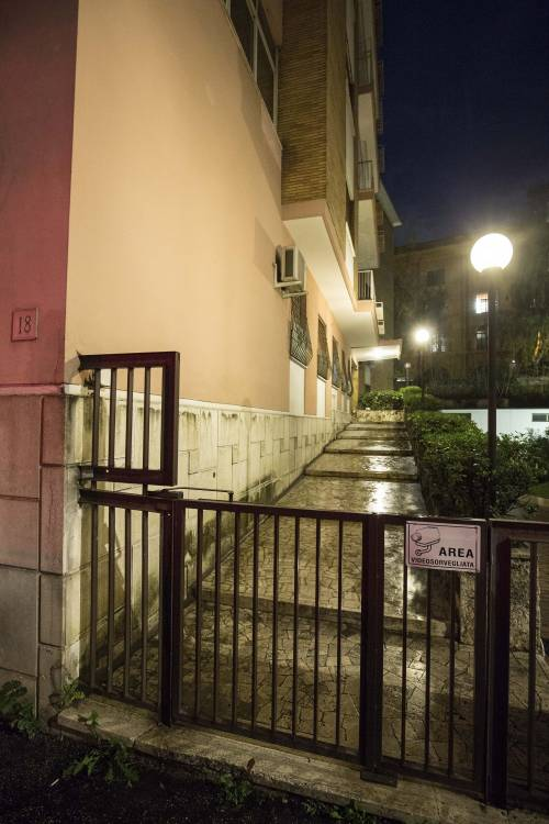 Il palazzo dove abita l'ex ministro Trenta 8