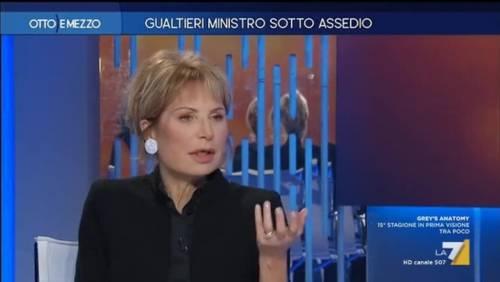 """Ira Lilli Gruber contro i """"fiancheggiatori di Salvini"""". Ma la Lega: """"La fake è la sua"""""""
