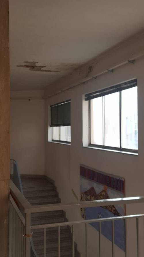 Infiltrazioni scuola Napoli 5