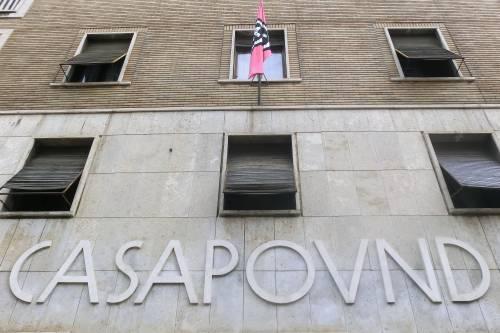 """Pronto l'avviso di sfratto per Casapound: """"Reato di occupazione abusiva e odio razziale"""""""