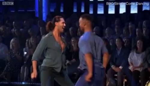 Quasi 200 denunce per la same sex dance nella tv inglese