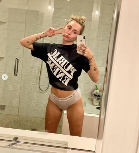 Miley Cyrus, le foto più sensuali 4