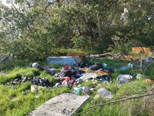 Napoli, il nuovo campo rom abusivo a Poggioreale 4