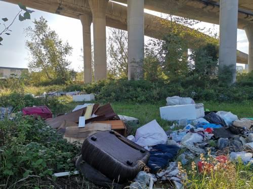 Napoli, il nuovo campo rom abusivo a Poggioreale 5