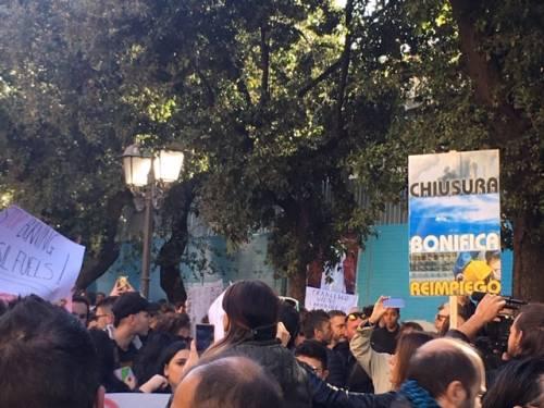 Taranto, il quarto sciopero per il clima nella città dell'acciaio 9