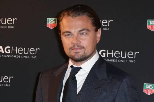 Leonardo DiCaprio salva un uomo ubriaco in mare
