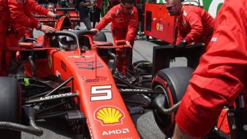 Si alza il sipario sulla Ferrari 2020 mentre Mercedes si tinge di rosso