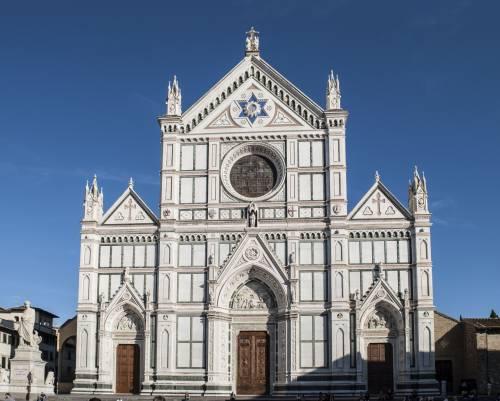 Il priore dice no alla musica di Mozart nella basilica di Santa Croce di Firenze